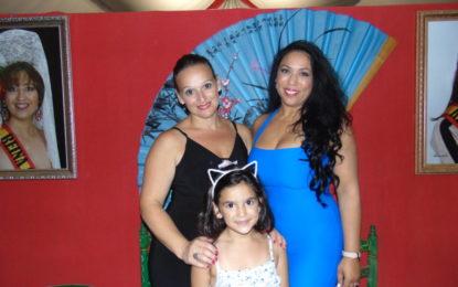 Yolanda Figueroa y Cayetana Moreno actuaron en la Caseta del Círculo Mercantil