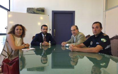 El Ayuntamiento y Altadis buscan vías de colaboración para luchar contra la lacra que supone el contrabando de tabaco para la sociedad linense