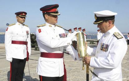 Las Fuerzas Armadas británicas de Gibraltar dan la bienvenida a su nuevo Comandante, el Comodoro Tim Henry