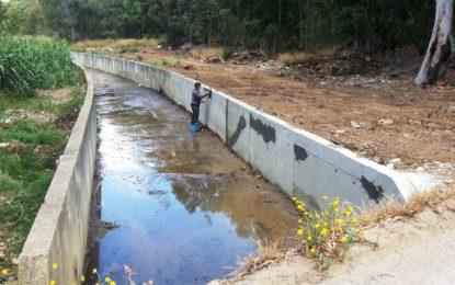 El Ayuntamiento reitera su petición a la consejería de Medio Ambiente para la limpieza de los canales del Zabal