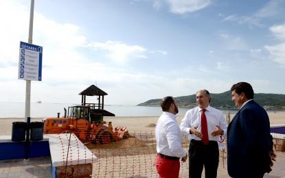 Más de 30.000 metros cubicos de arena para regenerar las playas de Getares y Rinconcillo