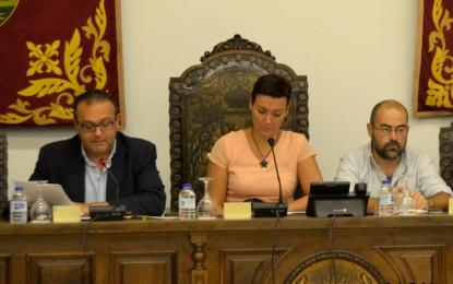 El PSOE de La Línea dice que Macías tiene «ignorancia supina»
