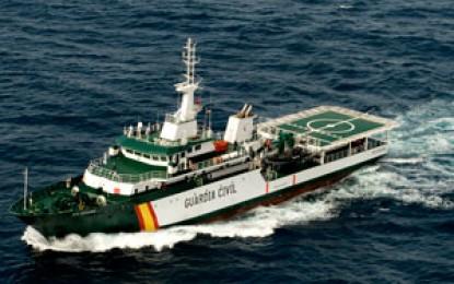 Un agente de la Policía Real de Gibraltar resulta herido durante el abordaje de una embarcación gibraltareña por parte de la Guardia Civil