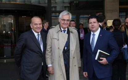 Gibraltar supera con creces el examen de la OCDE