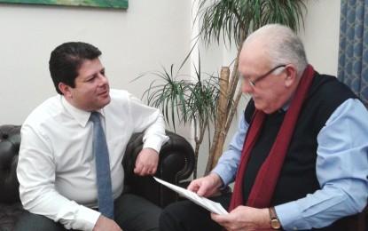 Samuel Fernández, director de Radio Bahía Gibraltar, entrevistó a Fabian Picardo