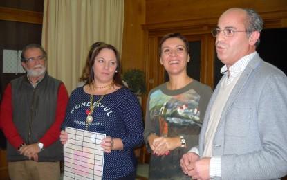 María José Amat Perez, ganadora de los 1.000 euros de Apymell