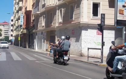 """Gemma Araujo, satisfecha porque la demarcación de carreteras haya retomado """"su competencia"""" con los semáforos"""