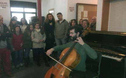 Exito de la Exposición Sinestesia V en el Conservatorio de Música de La Línea