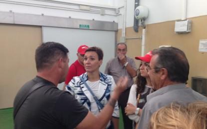 Gemma Araujo visita el Puerto de La Atunara