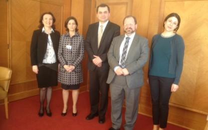 El Ministro de Medio Ambiente se reúne en Ginebra con agencias de la ONU y la UICN