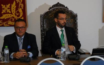 El Ayuntamiento y el SAS firmarán un convenio que facilite una solución técnica a la eliminación de aguas residuales del nuevo hospital