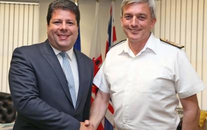 Visita del número dos de la Royal Navy a las Fuerzas Armadas Británicas de Gibraltar