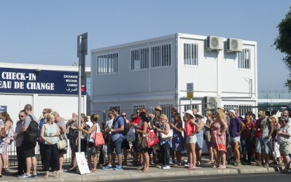 La nueva frontera inteligente española provoca el caos para los peatones en la frontera de Gibraltar