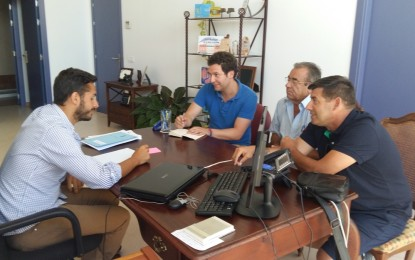 El Ayuntamiento ofrece su total colaboración a  la cofradía de pescadores