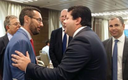 El alcalde, Juan Franco, asiste a la presentación de un informe económico de la cámara de comercio de Gibraltar