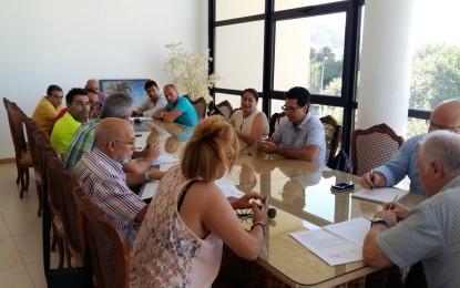 Los portavoces políticos y los sindicatos abordan la propuesta de retirada de 408 euros a la plantilla municipal por sentencia judicial
