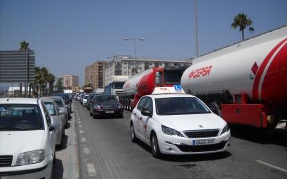 Ascteg y Frontera Humanitaria preparan protestas ante las nuevas colas tercermundistas para entrar y salir de Gibraltar