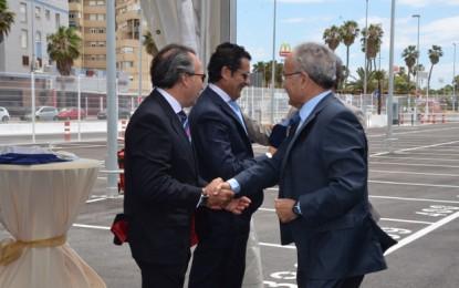 Juan Carlos Valenzuela conoce las instalaciones del parking Santa Bárbara