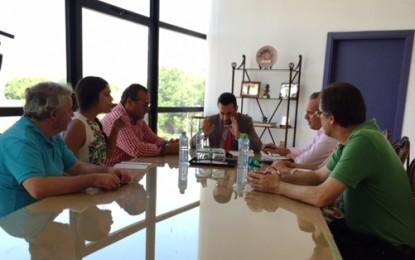 Los alcaldes de San Roque, Jimena,  Castellar y Juan Franco, de La Línea, buscarán juntos soluciones a la urbanización del entorno del nuevo hospital