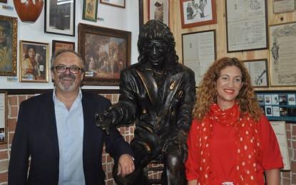 Visita a la Peña Flamenca Linense de la Directora del Instituto Andaluz de Flamenco de la Junta de Andalucía, María Ángeles Carrasco