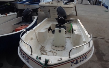 Dos españoles detenidos y su embarcación confiscada por el Servicio de Aduanas de Gibraltar