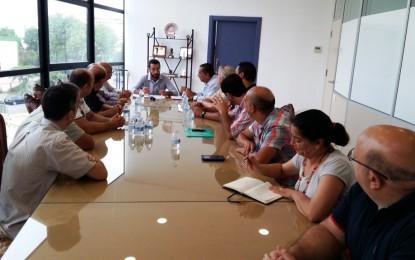 El alcalde, Juan Franco, emplaza a los trabajadores de Somdeco a una nueva reunión en septiembre