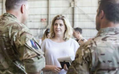 Primera visita a Gibraltar de la Ministra para las Fuerzas Armadas