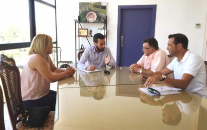 Primera toma de contacto entre el sector del taxi y el alcalde, Franco