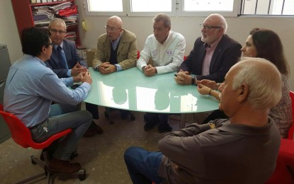 Visita de cortesía a la sede del Partido Socialista de la Directora General de Participación y Equidad y el delegado territorial de Educación de la Junta de Andalucía