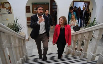 El empleo y la recuperación de obras públicas centran la reunión entre Irene García y el alcalde de Tarifa