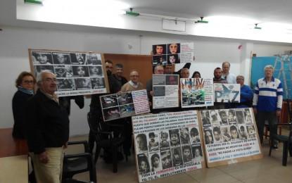 Actos de protesta de la Plataforma Social, en La Línea, el día 8 de abril,por los refugiados en Europa