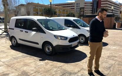 Recepcionadas dos nuevas furgonetas para mantenimiento urbano y limpieza
