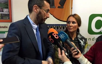 El alcalde y la delegada territorial de Economía conocen el trabajo de la III lanzadera de empleo de La Línea