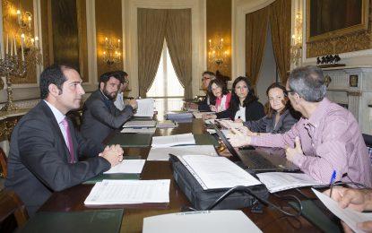 Diputación asume nuevas promociones de viviendas en San Roque, El Gastor y Algar