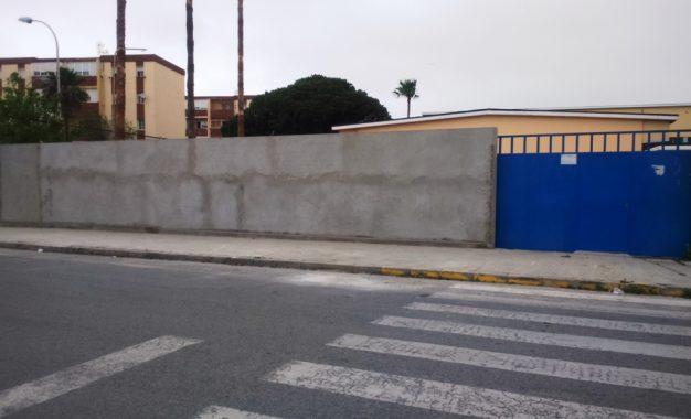 Mantenimiento Urbano acomete trabajos de electricidad, pintura y fontanería en distintos centros educativos