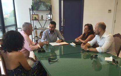 El Ayuntamiento firma convenios de colaboración con el Círculo Mercantil y la Unión Deportiva