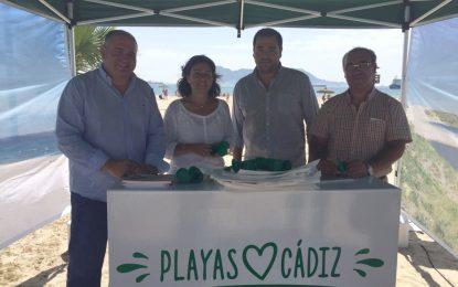 La campaña 'Playas de Cádiz. Cuídalas, siéntelas tuyas' se hace oír en el Campo de Gibraltar