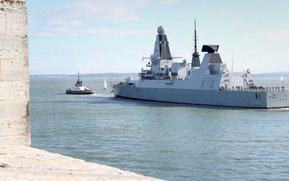 El domingo atracará en Gibraltar el destructor HMS Diamond, que participa en la operación Sophia de la UE