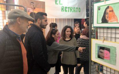 """El centro de educación especial Virgen del Amparo celebra ser """"Un cole con mucho arte"""""""