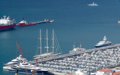 Fin de semana récord con 20 superyates anclados en el puerto deportivo de Gibraltar