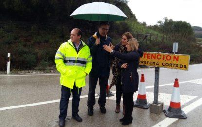 Irene García visita carreteras del Campo de Gibraltar afectadas por el temporal