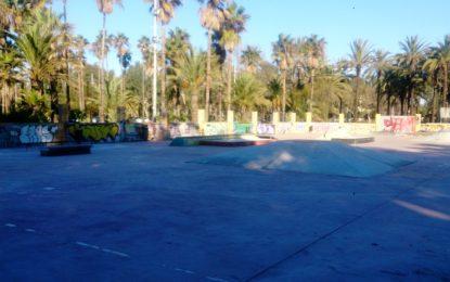 Juventud culmina el pulimentado de la pista de skate del parque