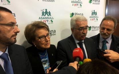 María Luisa Escribano abandona la Agrupación del PSOE de La Línea para irse a la de San Roque