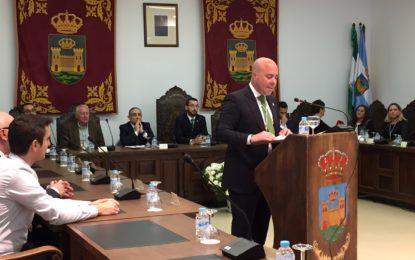 Ignacio Macias ofrece el discurso en el Pleno conmemorativo del 28 de febrero, Día de Andalucía