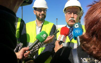 Las obras del carril de acceso al puerto de Poniente estarán finalizadas antes del verano