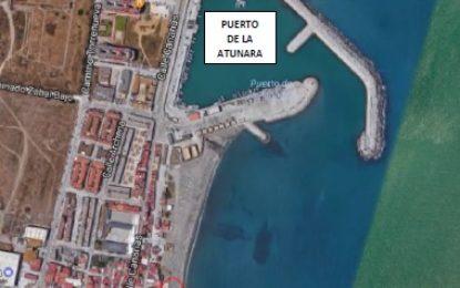 Demarcación de Costas habilita un carril provisional en La Atunara para el transporte de la arena que regenerará dicha playa