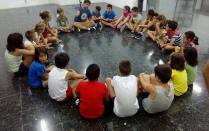 Iniciado el segundo turno de los campamentos culturales de artes plásticas y de teatro