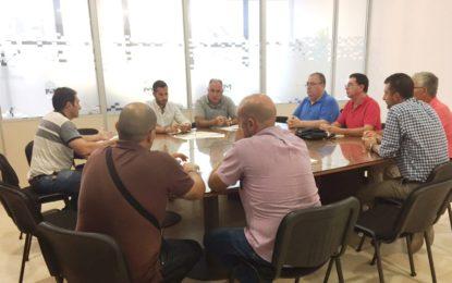 Movilidad Urbana trabaja en una ordenanza municipal para el servicio de taxis y en el pliego de condiciones del autobús urbano