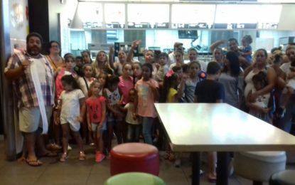Más de 30 niños y niñas disfrutan del verano con Nakera Romi