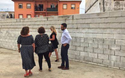 El alcalde evalúa con técnicos de Educación el mantenimiento de los centros educativos